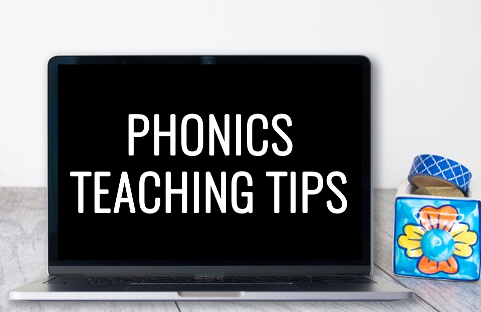 There are two teaching activities I ALWAYS use in my phonics intervention groups, especially with tricky sound-spellings like vowel diphthongs. Learn more about introducing new vowel sounds and checking for understanding.
